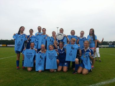 BW Schwege B-Juniorinnen Meistermannschaft 2013/14